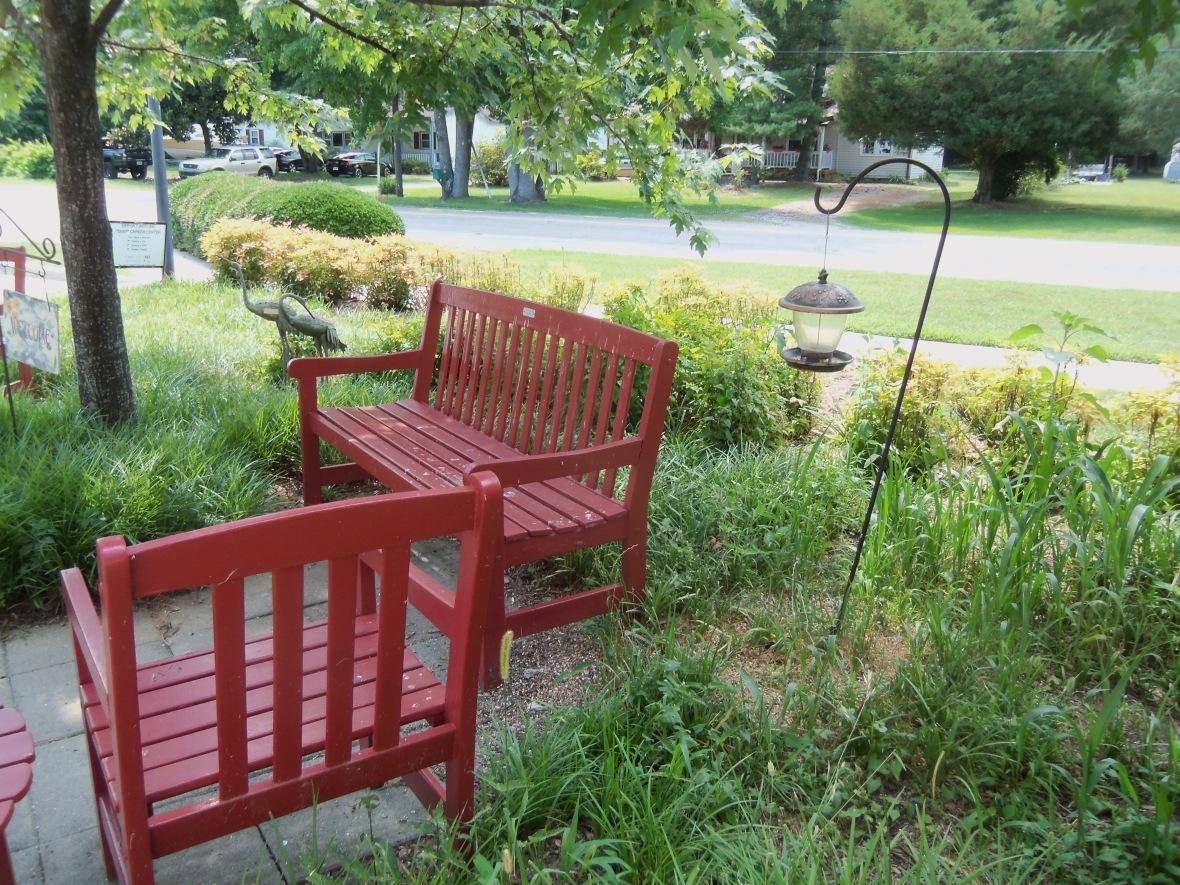 bench c